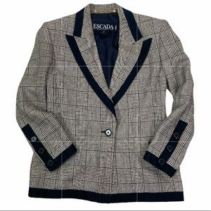 Escada navy fitted houndstooth blazer jacket.